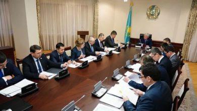 Photo of Казахстан приостановит железнодорожное и авиасообщение с Китаем