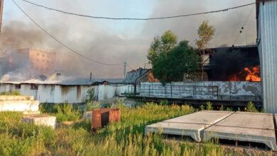 Photo of Крупный пожар на зерновых складах в СКО: Площадь возгорания 1100 кв.м.