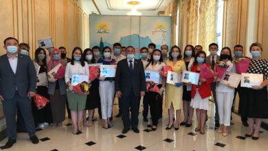 Photo of Волонтерам города Шымкент вручили благодарственное письмо от Елбасы