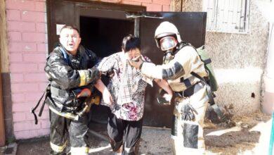 Photo of Шымкентские пожарные спасли трех человек и эвакуировали семерых
