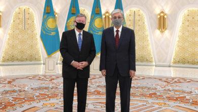 Photo of Глава государства встретился с послами