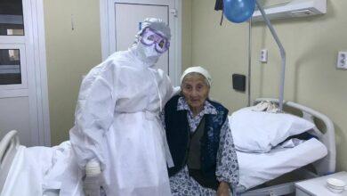 Photo of В Шымкенте выписали вылечившуюся от пневмонии бабушку в день ее 100-летия